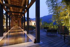 In the heart of ancient Japan, in Hakone national park, the hotel Gôra Kadan is a traditional ryokan. Discover the natural sources of hot water. Mont Fuji, Japanese Lifestyle, Hotels, Luxury Holidays, Hot Springs, Japan Travel, Luxury Travel, Hotel Offers, Countryside