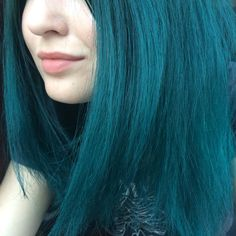 My new hair☺️ #manicpanic #greenhair #hair #bluehair #enchantedforest