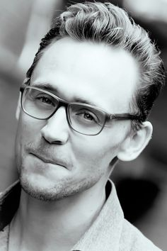 Tom Hiddleston + glasses = your argument is invalid