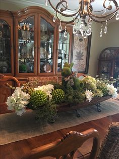 17 Ideas Farmhouse Dining Table Centerpiece Dough Bowl For 2020 Dining Room Centerpiece, Dining Room Table Centerpieces, Centerpiece Decorations, Decoration Table, Easter Centerpiece, Bowl Centerpieces, Silk Flower Centerpieces, Christmas Decorations, Tables Tableaux