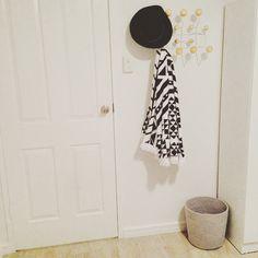 ... Eames / Porte Manteau · Hang It All Blanc Et Couleur Boulot Dans Une  Entrée