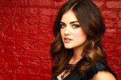 """The """"Pretty Little Liars"""" star, Lucy Hale, often faces case of mistaken identity when people think that she is Selena Gomez. Best Eyebrow Makeup, Best Eyebrow Products, Eye Makeup, Pll, Pretty Little Liars, Lucy Hale Haircut, Luci Hale, Lucy Hale Photos, Hair Color Pictures"""