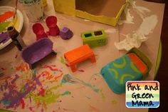 Pink and Green Mama: * Cardboard Shoe Box Play House With Egg Carton Furniture