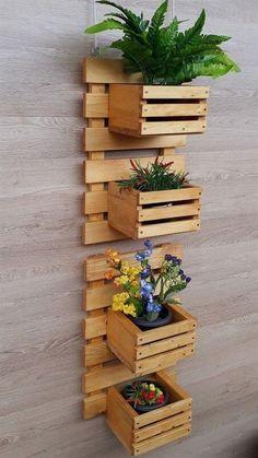 Pallet Furniture Designs, Diy Garden Furniture, Home Decor Furniture, House Plants Decor, Plant Decor, Diy Bedroom Decor, Diy Home Decor, Diy Pallet Wall, Pallet Wood