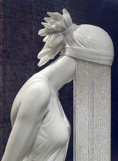 Sculpture.....not that I could ever sculpt anything like this, but this would make a cool standing lamp...just me?