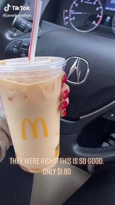 Best Dunkin Donuts Drinks, Mcdonalds Iced Coffee, Non Coffee Starbucks Drinks, Bebidas Do Starbucks, Healthy Starbucks Drinks, Coffee Drink Recipes, Yummy Drinks, Starbucks Secret Menu Drinks, How To Order Starbucks