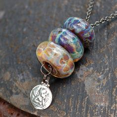 I really want to learn how to make these beads.