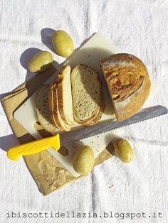 Pagnotta alle patate novelle e semola di Matera http://ibiscottidellazia.blogspot.it/2015/05/pagnotta-alle-patate-novelle-e-semola.html