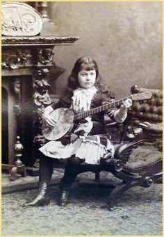 Women and the Banjo
