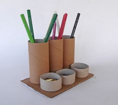 recycle toilet paper rolls, recycle paper tubes, recycle cardboard tubes, pencil holder, pencil orginizer, toilet paper roll, crafts, art, kids, school, cardboard crafts,