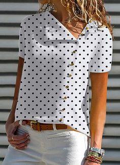 V Neck Single Breasted Dot Blouses - Blouse designs Elegantes Outfit, Blouse Online, Mode Inspiration, Short Sleeve Blouse, Latest Fashion Trends, Blouse Designs, Casual Wear, Blouses For Women, Fashion Dresses