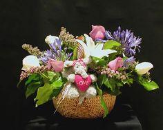 Funeral Flower Arrangements, Memorial Flowers, Sympathy Gifts, Fuji, Floral Design, Table Decorations, Plants, Home Decor, Decoration Home