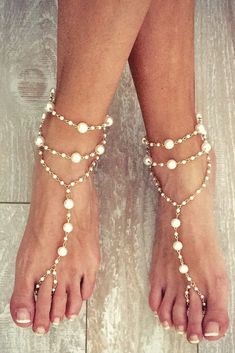 18 Beach Wedding Shoes That Inspire ❤ See more: www. 18 Beach Wedding Shoes That Inspire ❤ See more: www. Beach Wedding Aisles, Beach Wedding Sandals, Beach Wedding Attire, Wedding Shoes Bride, Beach Wedding Favors, Bride Shoes, Beach Shoes, Barefoot Wedding, Bare Foot Sandals