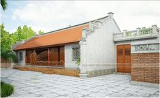 nhà cổ 5 gian được thiết kế và thi công bằng kết cấu bê tông giả gỗ