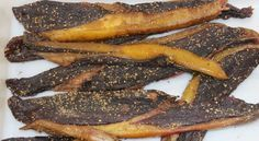 Beef and Game Biltong Recipe - Stefaans Blaauw is from Windhoek Namibia and is well known in South Africa for his AWESOME biltong. Fig Recipes, Beef Recipes, Cooking Recipes, Recipies, Cooking Ideas, South African Dishes, South African Recipes, Africa Recipes, Pickled Fish Recipe