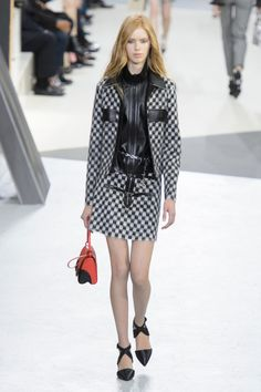 Louis Vuitton - Fall 2015 RTW