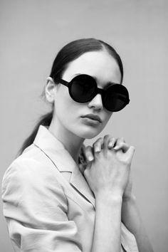 ⚫️ shades