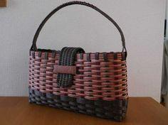 Wooden Bag, Paper Weaving, Craft Bags, Basket Decoration, Plastic Canvas, Basket Weaving, Valentine Gifts, Diy Crafts, Tote Bag