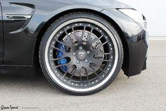 Zostajemy w temacie cabrio..  Dzisiaj mamy dla Was BMW M4 Cabriolet - wyposażone w zestaw felg Hamann Motorsport Edition Race Anodized. Najwyższej klasy felgi kute perfekcyjnie komponują się ze sportowym charakterem M4ki.  Pełną ofertę Hamann dla BMW M4 znajdziecie w sklepie GranSport - Luxury Tuning & Concierge: http://gransport.pl/index.php/hamann/bmw/m4-f82-f83.html