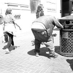 One shiny ass homeless dude. #ass #homeless #butt #flashingbuttcrack by donghyunlim