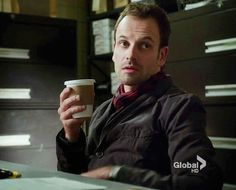 Jonny Lee Miller is adorable and possibly my soulmate.