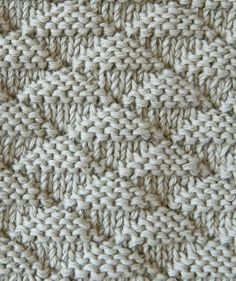 New Cost-Free knitting stitches Thoughts triangles stitch knitting pattern triangles knitting Knitting Stiches, Knitting Blogs, Knitting For Beginners, Loom Knitting, Knitting Designs, Knitting Needles, Knitting Patterns Free, Knit Patterns, Knitting Projects
