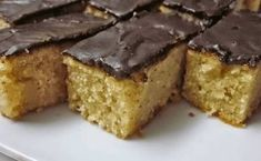 Brzi kolač sa jabukama i grizom Baby Food Recipes, Baking Recipes, Sweet Recipes, Cookie Recipes, Dessert Recipes, Desserts, Bosnian Recipes, Croatian Recipes, Food Recipes