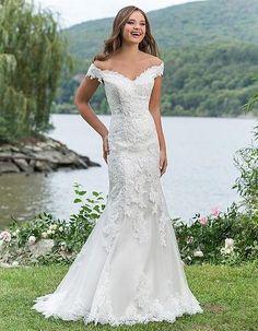 Svadobné šaty Svadobný salón Valery, úzke svadobné šaty, krajkové svadobné šaty