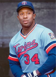 Kirby Puckett-- Bradley grad, Minnesota Twins OF elected to National Baseball Hall of Fame in 2001 Mlb Players, Baseball Players, Baseball Uniforms, Mlb Uniforms, Baseball Cleats, Basketball Shoes, Baseball Star, Baseball Cards, Baseball Wall
