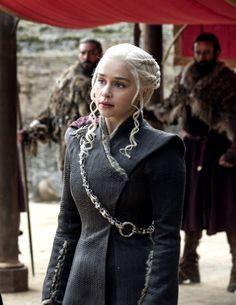 Daenerys Targaryen in 'The Dragon and The Wolf' 7.07