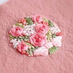 * . Lovely pink! . . #刺繍#手刺繍#手芸#embroidery#handembroidery#stitching#needlework#자수#broderie#bordado#вишивка#stickerei