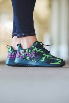 Teal & purple camo uppers on this womne's Roshe One Premium+ sneaker by #NIKE.