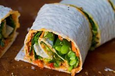 Hummus Spiral Wraps w/ Carrots, Spinach, Avocado and exclude the Soy Beans from the recipe . Love wraps for lunch! Quesadillas, Veggie Recipes, Healthy Recipes, Raw Recipes, Simple Recipes, Veggie Food, Clean Recipes, Drink Recipes, Healthy Foods
