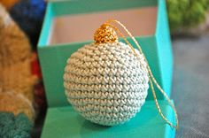Free tutorial for #crochet Christmas ornaments. Would make such a great #Christmas gift!