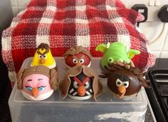 full set of edible figures i made for angry birds star wars cake 2014