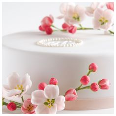 First Communion cake Communion Cakes, First Communion, Cake Birthday, Cake Decorating, Ethnic Recipes, First Holy Communion, Birthday Cake