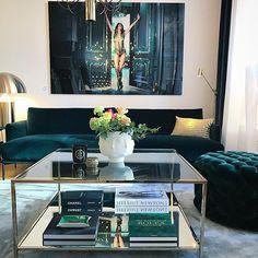 """Vasahem.com on Instagram  """"Soffbord och Coffee table books nu i lager😍🔥  Bild tagen hos  vasahem inredning Odengatan 25 i Sthlm . Soffbord -  Vasahem.com ... 8f794a4204489"""