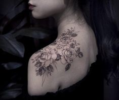 Your daily source for everything about tattoos! Cap Sleeve Tattoos, Upper Half Sleeve Tattoos, Torso Tattoos, Quarter Sleeve Tattoos, Tattoos For Women Half Sleeve, Shoulder Tattoos For Women, Upper Shoulder Tattoo, Back Tattoo Women Upper, Back Of Shoulder Tattoo
