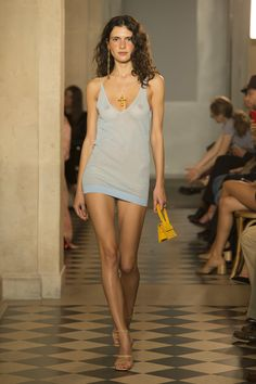 Jacquemus Spring 2018 Ready-to-Wear  Fashion Show