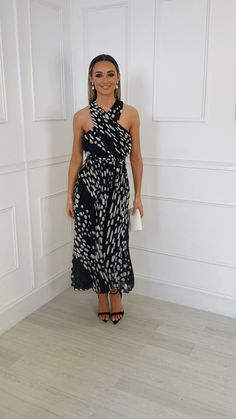 Sorsha Pleated Crossover Printed Maxi Dress at ikrush Dress Outfits, Fashion Outfits, Glamour, Summer Outfits Women, African Fashion Dresses, Hot Dress, Stunning Dresses, Classy Dress, Special Occasion Dresses