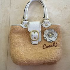 """AUTHENTIC Coach handbag bought a VERY long time ago so it's a bit """"vintage"""" but no apparent flaws (also, my mother forgot the price of the bag) Coach Bags"""