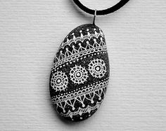 Hand Painted Zentangle Stone by ISassiDellAdriatico on Etsy