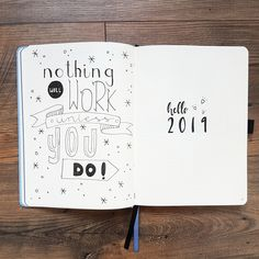 Journal Set Up 9 Steps To Help You Achieve Your Goals In 2019 Make 2019 the most productive year! Here you can find my bullet journal setup for new yearMake 2019 the most productive year! Here you can find my bullet journal setup for new year Bullet Journal Quote Page, Bullet Journal Wishlist, Bullet Journal Weekly Spread, Bullet Journal Doodles, Bullet Journal Yearly, Bullet Journal Spreads, January Bullet Journal, Creating A Bullet Journal, Bullet Journal Printables