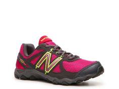 New Balance Women's 520 Sneaker
