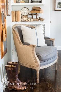 Petite Salon Chair