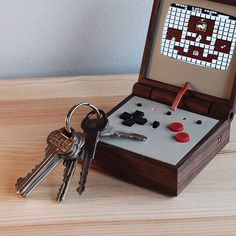 Something we loved from Instagram! PE358 - Solomons Key #pe358 #solomonskey #nes #nintendo #portableconsole #retrogaming #raspberrypi #woodworking #gba #handheldgaming by lovehulten Check us out http://bit.ly/1KyLetq