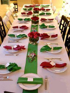 Easy, but elegant Christmas tablescape