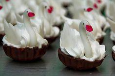 Svadobné torty, koláče, víno a medovníky | www.jednaradost.sk