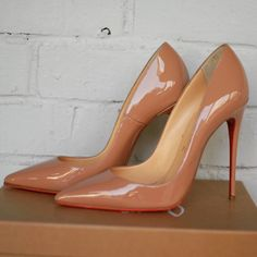 Christian Louboutin So Kate I should have these named after me Pretty Shoes, Beautiful Shoes, Pumps Heels, High Heels, Heeled Boots, Shoe Boots, Fashion Business, Christian Louboutin So Kate, Kinds Of Shoes