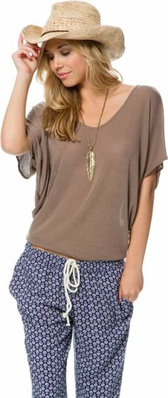 Swell My Time Top. http://www.swell.com/New-Arrivals-Womens/SWELL-MY-TIME-TOP?cs=MO